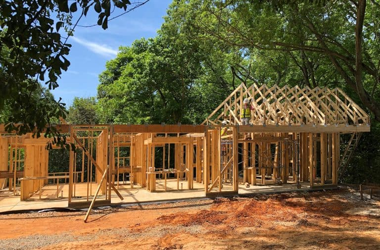 Horseshoe Farm Homes being built