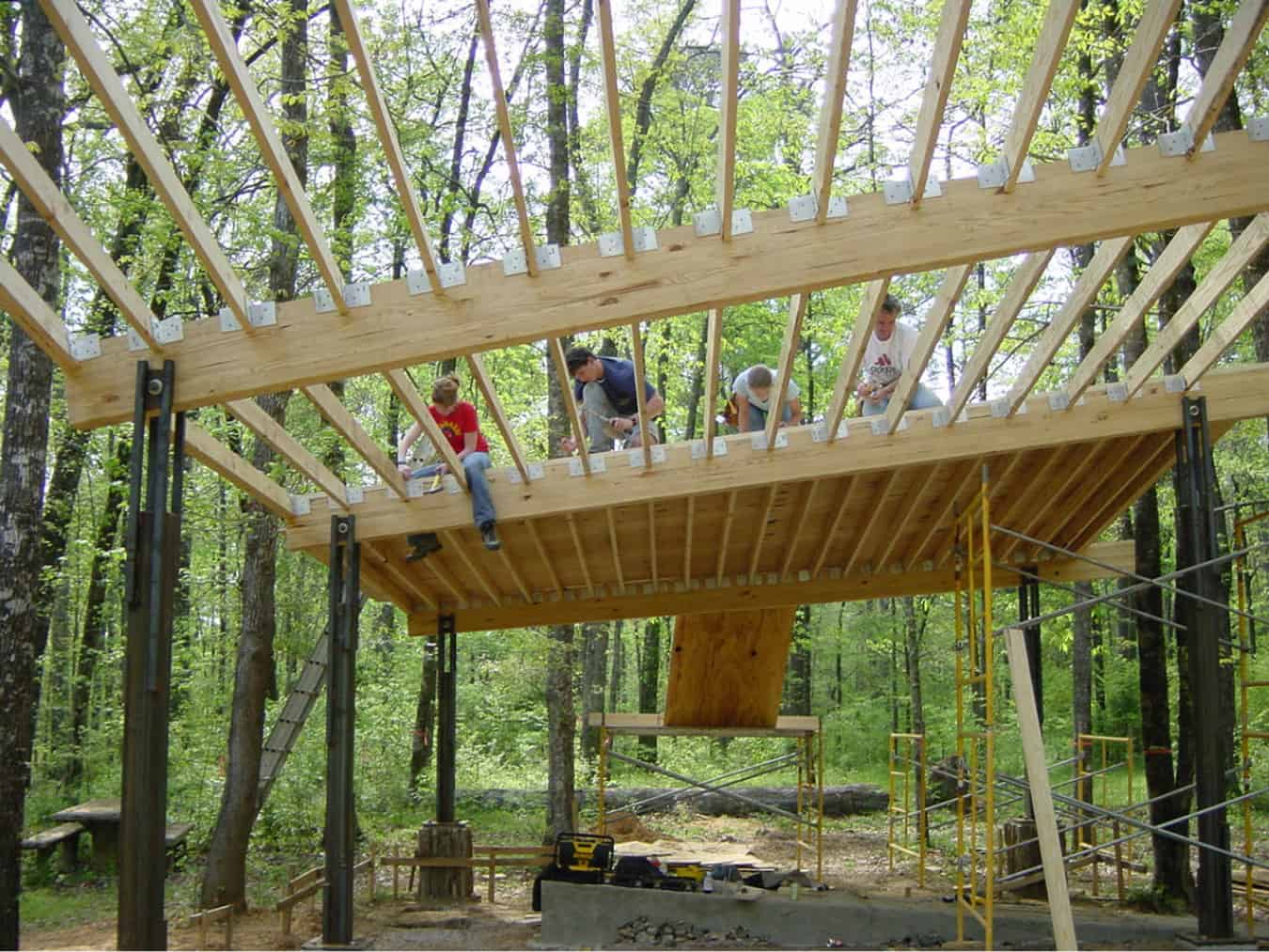 Students building the roof of the pavilion at Perry Lakes Park