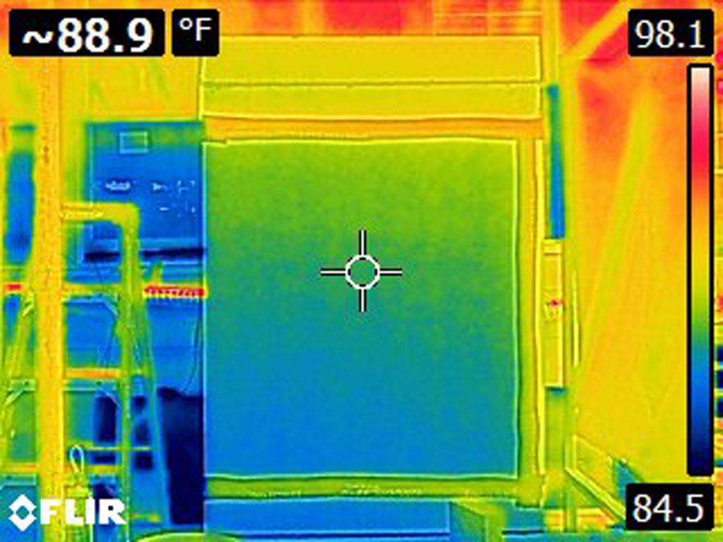 Thermal image wood chimney